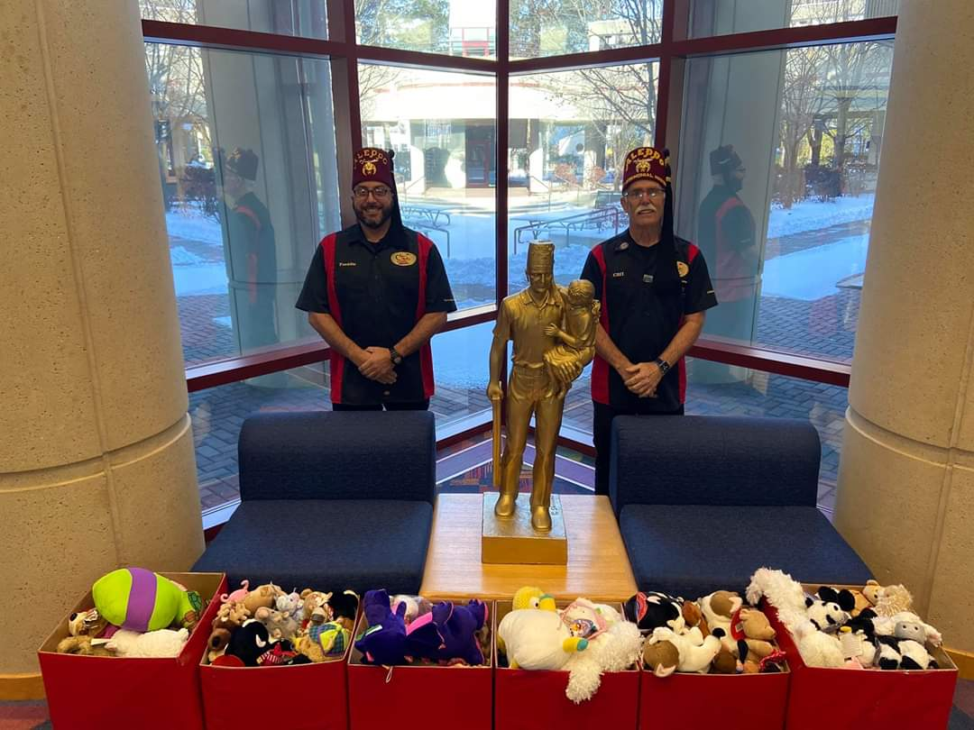 Aleppo Drifters Visit Shriners Hospitals for Children–Springfield